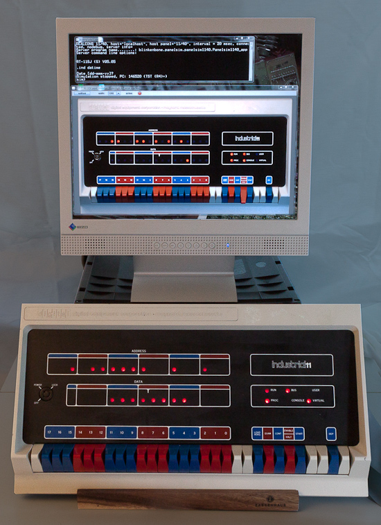 blinkenbone real pdp11 40 panelsim and Java simulation